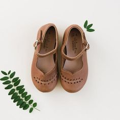 Cosecha Mary Janes {Leather Shoes}