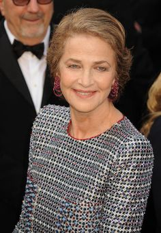 Worst Dressed Stars at the 2016 Oscars : Charlotte Rampling up close