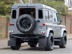LAND ROVER DEFENDER TWISTED 90 FRENCH EDITION