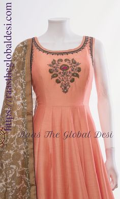 indian clothing ONLINE USA Silk brocade top with golden embroidery with matching bottom and dupatta Kurti Designs Party Wear, Kurta Designs, Blouse Designs, Indian Designer Outfits, Indian Outfits, Designer Dresses, Indian Attire, Designer Wear, Indian Wear