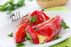 Greek Stuffed Peppers with Feta Cheese Recipe - My Greek Dish Greek Stuffed Peppers, Cheese Stuffed Peppers, Cetogenic Diet, Greek Appetizers, Feta Cheese Recipes, Small Tomatoes, Greek Dishes, Fodmap Recipes, Roasted Peppers