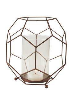 http://www.sparkjop.no/Nettbutikk-kategorier/Hjem/Interi%C3%B8r/Pyntegjenstander/Lyslykt-kube-18cm/p/519203_oneSize