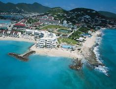 Pelican Beach in St. Maarten - a favorite spot for snorkelers!