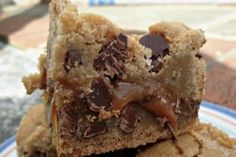 Chocolate chip caramel salted brownie | More foodie lusciousness here: mylusciouslife.co...