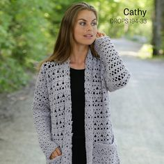 Women - Free knitting patterns and crochet patterns by DROPS Design Pull Crochet, Gilet Crochet, Crochet Coat, Crochet Cardigan Pattern, Crochet Jacket, Crochet Beanie, Crochet Shawl, Crochet Clothes, Free Crochet