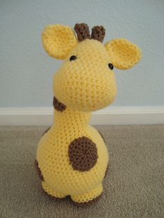 Crochet giraffe pattern- I mean, come on... is that not the cutest giraffe you've ever seen?