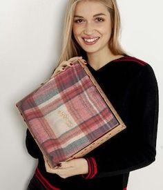 87 meilleures images du tableau Echarpe plaid tartan écossaise ... 8ac65b8740f