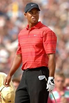 One of the best views on a Sunday, Tiger in a red polo!!