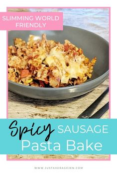 A tasty Slimming World Spicy sausage pasta bake using amazing Garofalo pasta shapes which are full of flavour, syn free and a perfect Slimming World dinner. Cook Sausage In Oven, Spicy Sausage Pasta, New Recipes, Baking Recipes, Slimming World Pasta, Baked Pasta Recipes, Noodle Recipes, Bolognese Recipe, Speed Foods