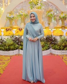 Bridesmaid Dresses, really stunning dress ideas number 7257091693 - Refined and romantic bridesmaid dress style. Please pop to the pin 7257091693 right now. Model Kebaya Brokat Modern, Kebaya Modern Hijab, Dress Brokat Modern, Kebaya Hijab, Kebaya Dress, Dress Pesta, Hijab Gown, Hijab Evening Dress, Hijab Dress Party