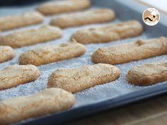 Envie d'une bonne charlotte faite maison de A à Z mais une allergie/intolérance au gluten vous retient ? Plus de problèmes grâce à notre recette de biscuits à la cuillère sans gluten ! Et si la réalisation d'une charlotte vous semble bien trop longue...