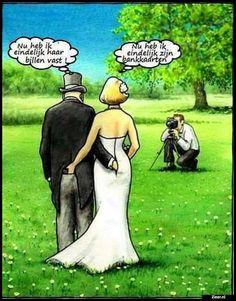 No need for translation here. Funny Pix, Funny Baby Pictures, Funny Pictures With Captions, Funny Posts, Hilarious, Cartoon Jokes, Cartoons, Satire Humor, Funny Jokes For Adults