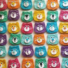 como tejer aplique gatito gato crochet facil Gato Crochet, Crochet Animals, Crochet Stitches, Elsa, Projects To Try, Crafts, Inspiration, Crochet Ornaments, Crochet Buttons