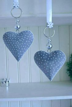 Window decoration - window decoration heart gray-white, 15 cm country house, pearl - a design . Window decorations – window decoration heart gray-white, 15 cm country house, pearl – a unique Sewing Crafts, Sewing Projects, Fabric Hearts, Lavender Bags, I Love Heart, Heart Crafts, Hanging Hearts, Heart Ornament, Valentine Decorations