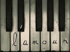 L'amour c'est comme une portée de musique, si il n'y a rien dessus, ça fait vide...