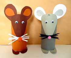 Toilet Paper Roll Crafts - Get creative! These toilet paper roll crafts are a great way to reuse these often forgotten paper products. You can use toilet paper rolls for anything! creative DIY toilet paper roll crafts are fun and easy to make. Kids Crafts, Mouse Crafts, Toddler Crafts, Preschool Crafts, Projects For Kids, Diy For Kids, Easy Crafts, Diy And Crafts, Craft Projects
