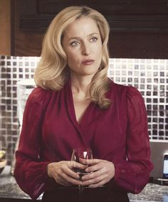 Cressida du Maurier, portrayed by Gillian Anderson. She is the English teacher, Benedict's wife and Vinnie's mother. She is manipulating Matt into an illicit student-teacher relationship. She appears warm and caring but has a pathological need for control.