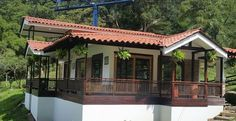 All rounded porch idea. Hut House, Kerala Houses, Backyard Retreat, Tropical Houses, Stone Houses, Wooden House, Simple House, Traditional House, My Dream Home