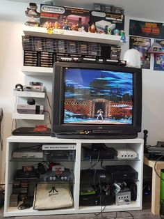 Found the CRT on the side of the road on my street a few days ago. exact same model as my old TV but bigger! Gamer Room, Nerd Room, Consoles, Gaming Setup, Game Room Decor, Playroom Decor, Game Room Design, Room Color Design, Nintendo Room