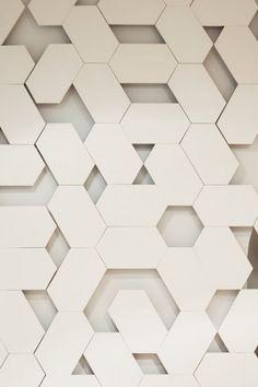 PIA JENSEN : HEXAGON Danish weaver Pia Jensen transforms a room into a 3D dimensional experience, stunning