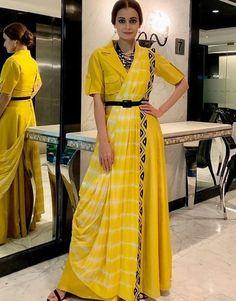 Kurta Designs, Saree Blouse Designs, Lehenga Designs, Pakistani Outfits, Indian Outfits, Stylish Dress Designs, Saree Trends, Stylish Sarees, Saree Look