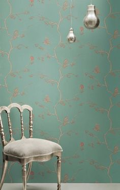 Beautiful patterned wallpaper....love the birds and branches