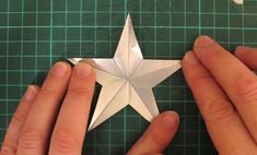Stars Made From Aluminum Cans Tutorial.  Christmas ornaments for our outdoor trees!