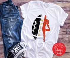 Your place to buy and sell all things handmade Kansas City Chiefs Shirts, Kansas City Football, Chiefs Football, Football Season, Football Outfits, Football Shirts, Chiefs Logo, Vinyl Shirts, Tee Shirts