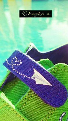 Fanart.es  Zapatillas pintadas a mano/ Avión