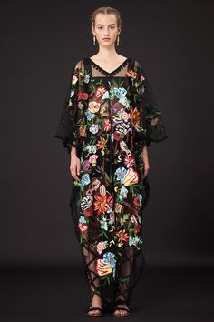 Show Review: Valentino Resort 2015 - The Fashion Bomb Blog : Celebrity Fashion, Fashion News, What To Wear, Runway Show Reviews