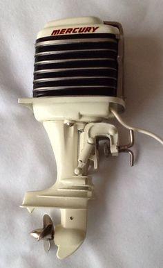 1960 Mercury 1000 K&O Toy Outboard motor