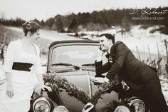 Braut & Bräutigam in schwarz-weiss Winterhochzeit in den Weinbergen picture by bilDRand Photography Couple Photos, Couples, Photography, Fictional Characters, Bride Groom, Monochrome, Pictures, Couple Shots, Photograph