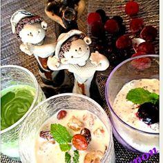 今日は陶芸教室 おやつの差入れはアイスにしたべ *•∴٩̋꒰๑˃́ꇴ˂̀๑꒱✡✡.•  ジャムの代わりに ①抹茶・練乳・小豆…といきたいがなかったから弁当用に炊いた甘納豆 ②アーモンド・クルミ・ラム酒漬けレーズン ③アールグレー紅茶 パックの茶葉と香り漬けに紅茶を少し淹れ冷まして  3種類作り持参〜美味しかったよ❤ みんなに一番美味しい〜!!と言ってもらえたのは〜〜〜*•∴٩̋꒰๑˃́ꇴ˂̀๑꒱✡✡.• - 204件のもぐもぐ - 濃厚アイス〜①抹茶ミルク②ナッツにラム酒レーズン③アールグレー紅茶 by sakapon777