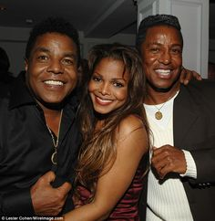 Janet Jackson, Jermaine Jackson, and Tito Jackson at an event for Why Did I Get Married? Janet Jackson Husband, Tito Jackson, Jermaine Jackson, Jackson Family, Jackson 5, Michael Jackson Siblings, Jackie Jackson, Lisa Marie Presley, Paris Jackson
