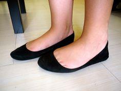 Flat Shoes Outfit, Me Too Shoes, Women's Shoes, Ballerina Flats, Ballet Flats, Girls Formal Shoes, Ballerinas, Wedding Flats, Floral Flats