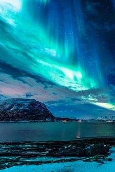 Image about nature in moon x night x aurora polaris x galaxy by x confetto x Beautiful Sky, Beautiful Landscapes, Beautiful World, Beautiful Places, All Nature, Amazing Nature, Science Nature, Norway Nature, Life Science