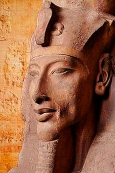 Pharaoh Akhenaten: mad, bad, or brilliant? Ancient Egyptian Artifacts, Amenhotep Iii, Old Egypt, Black History Facts, Archaeology, Civilization, Astrology, Statue, Design