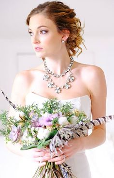Complete your bridal look or find your bridemaid's gifts with Stella & Dot jewelry & accessories.