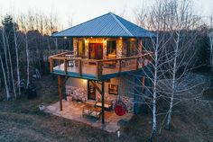 Modern firetower chalet with majestic views - Chalets for Rent in Bloomsburg, Pennsylvania, United States - Ev için Fikirler Cabin Plans, House Plans, Chalet Design, Tower House, Tiny House Design, Cabins In The Woods, Lofts, Architecture Design, Landscaping