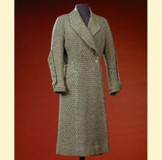 Chanel Wool Tweed Ensemble French, late 1920s/early 1930s for Sale at Auction on Thu, 12/13/2001 - 07:00  - Couture & Textiles | Doyle Auction House