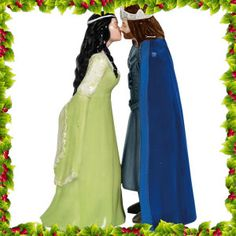 Lord of the Rings Aragorn and Arwen Salt and Pepper Shakers - Westland Giftware - Hobbit / Lord of the Rings - Kitchenware at Entertainment Earth Themed Wedding Cakes, Wedding Cake Toppers, Aragorn And Arwen, Ceramic Canister Set, Canister Sets, Westland Giftware, Fantasy Cake, Medieval Wedding, Celtic Wedding