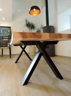 23 Ideas craft table industrial living rooms for 2019 Diner Table, Living Table, Table, Industrial Livingroom, Living Room Table, Living Room Table Metal, Wood Dining Room Table, Live Edge Dining Table, Dining Room Table