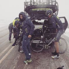 pedalitout:  Snow covered today's climb of Torre in the Portuguese Serra da Estrela - CyL stage two was neutralized due to foul weather. © Rafa Gómez / Ciclismo a Fondo Credit movistar_team via http://ift.tt/1Dwa5YP