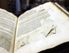 3D book engineering illustrates Euclid's Elements of Geometrie (1570). John Dee wrote the preface to the book.