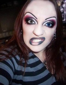 Oh wow, I think I recognize this person. Tagged as an eyebrow fail on here.....