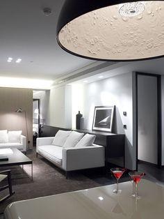 """Zeppos Georgiadi Architects progettano il Met Hotel in Thessaloniki, in Grecia, mentre il """"Chan"""" ristorante disegnato dal designer Andy Martin."""