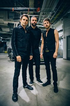 MUSE : [photos] MUSE_21 January 2016 - CENTRE BELL :: MONTREAL, QUEBEC
