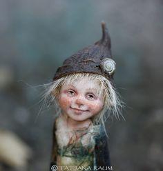 Little pixie Nils OOAK made by Tatjana Raum by chopoli on Etsy Magical Creatures, Fantasy Creatures, Pixie, Hobbit, Steampunk Fairy, Forest Elf, Kobold, Dragons, Dream Fantasy