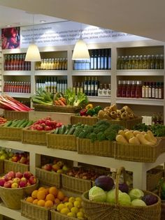Would spend more just to shop at a grocery store that looks like this.   Love the merchandising: