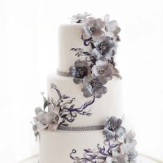 Floral Wedding Cakes Art Nouveau Wedding Cake created for the Weddingbells Canada's Prettiest Wedding Cakes for 2014 online feature - 26 truly inspiring desserts from some of the country's top cake designers. Pretty Wedding Cakes, Creative Wedding Cakes, Floral Wedding Cakes, White Wedding Cakes, Elegant Wedding Cakes, Wedding Cake Designs, Wedding Cake Toppers, Lace Wedding, Wedding Flowers